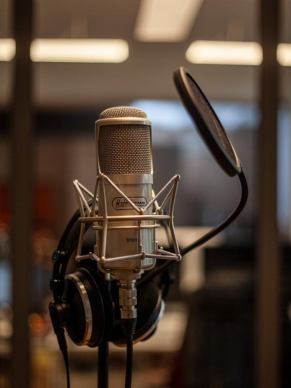 studio_09_600x800